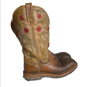 Twisted X Floral Stitched Roughstock Cowgirl Boots